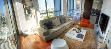 Brand new, Exclusive Bright & Sunny Thonglor Condo