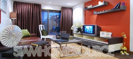 Newly Renovated, Beautifully Decorated 1BR Silom Condo close to Chong Nonsi BTS